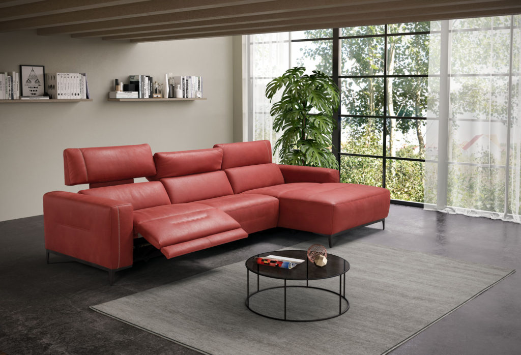 pink red leather sofa with chaise long, adjustable neck and seat with mechanism, pragmatikos dermatinos kanapes me roz kokkino xroma,