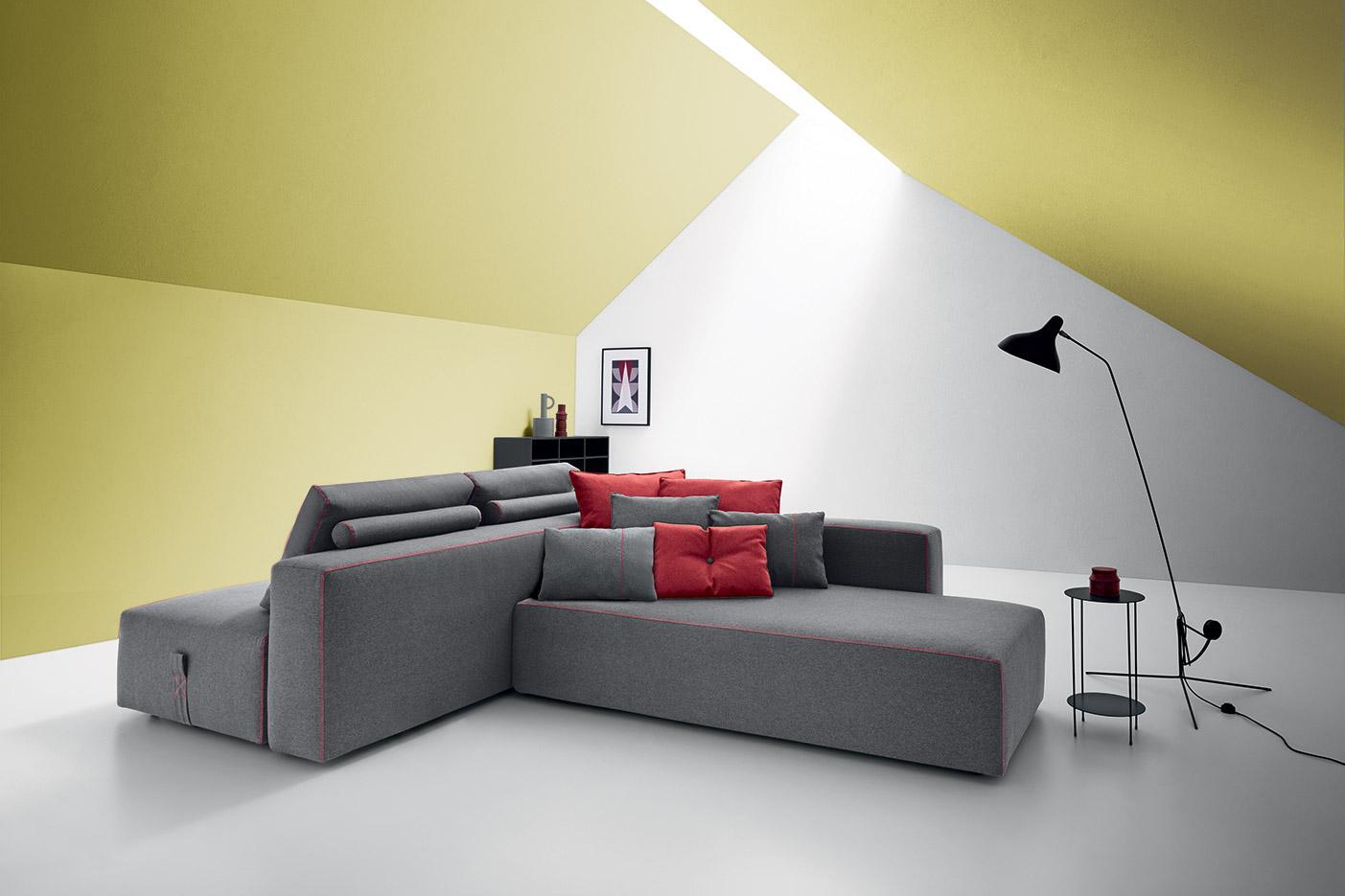 double side fabric sofa, two sided sofa , indoor fabric sofa , kanapes gkrizos me kokkines rafes kai maxilarakia, monternos kanapes ifasmatos diplis opsis,