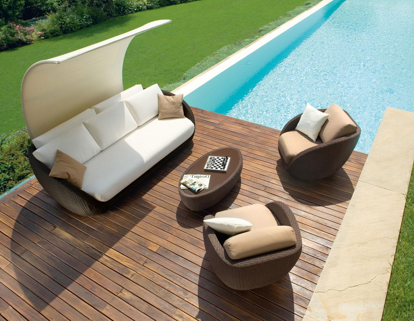 outdoor sofa set, unique set for outdoor use, kathistiko exoterikou xorou, monternos kanapes exoterikou xorou, coffee table for outdoor use, sofa with armchairs for outdoor use,