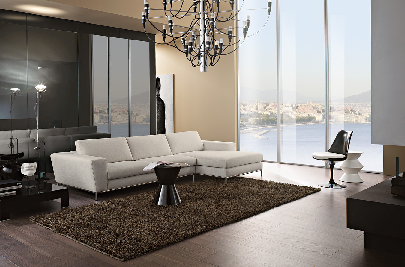 aspros ifasmatinos kanapes, chaise long sofa white color, white color fabric sofa with silver legs, silver legs sofa, comfy white sofa, stylish modern white sofa silver legs,