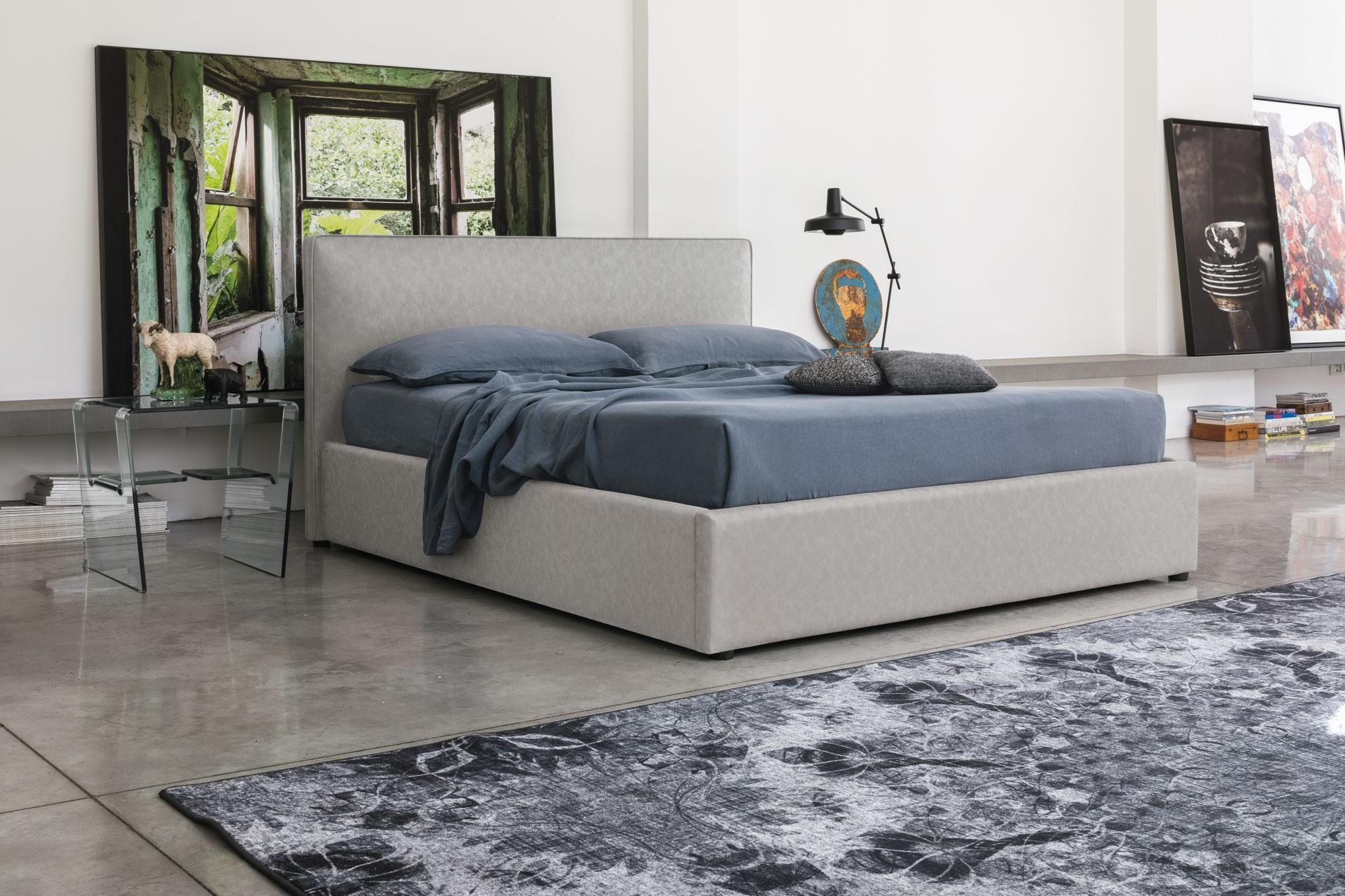 dermatino gkri krevati xoris podia, lather grey bed with no legs, simple leather bed, aplo gkrizo dermatino krevati,