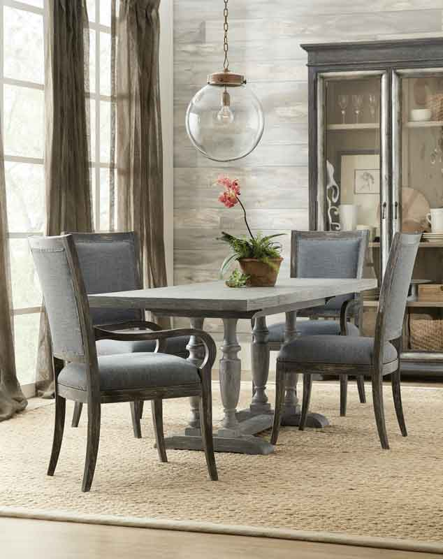 grey antique vintage rectangular dinning table with minimal grey fabric chairs, orthogonio antika paliao klassiko alla monterno trapezi me klassikes karekles xilines me gkrizo ifasma,