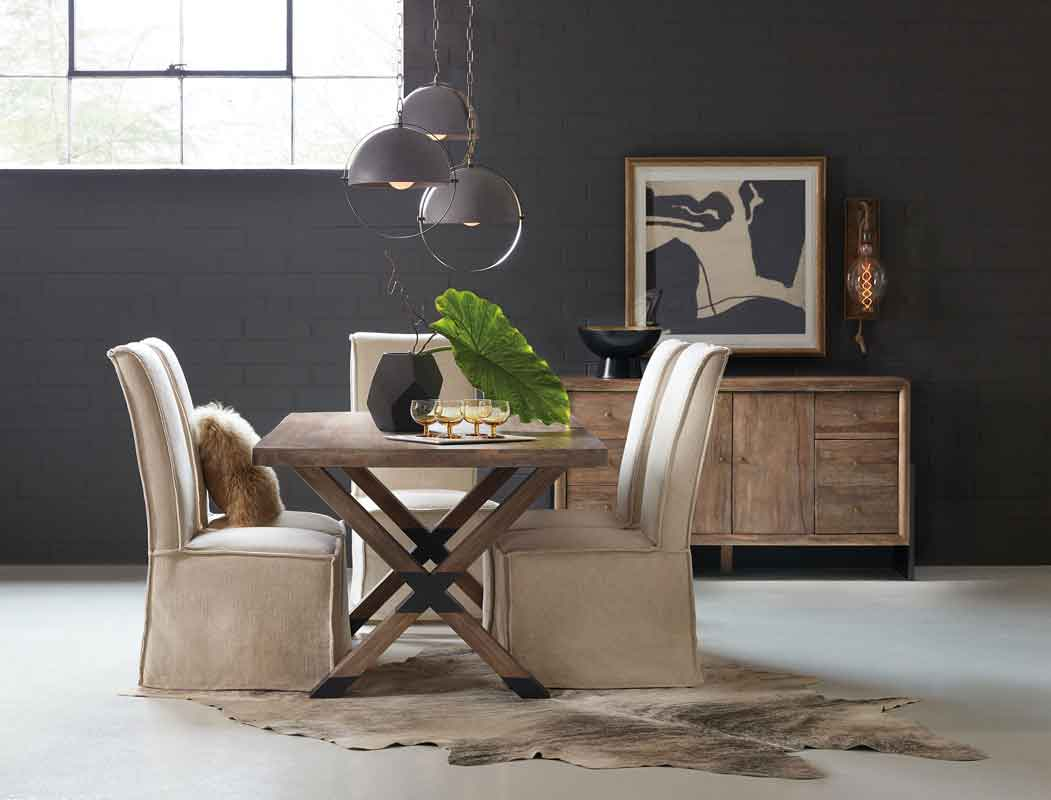 wooden rectangular dinning table with x base and minimal design white dinning chairs, aples mpez karekles sindiasmenes me kafe xilino trapezi me x vasi,