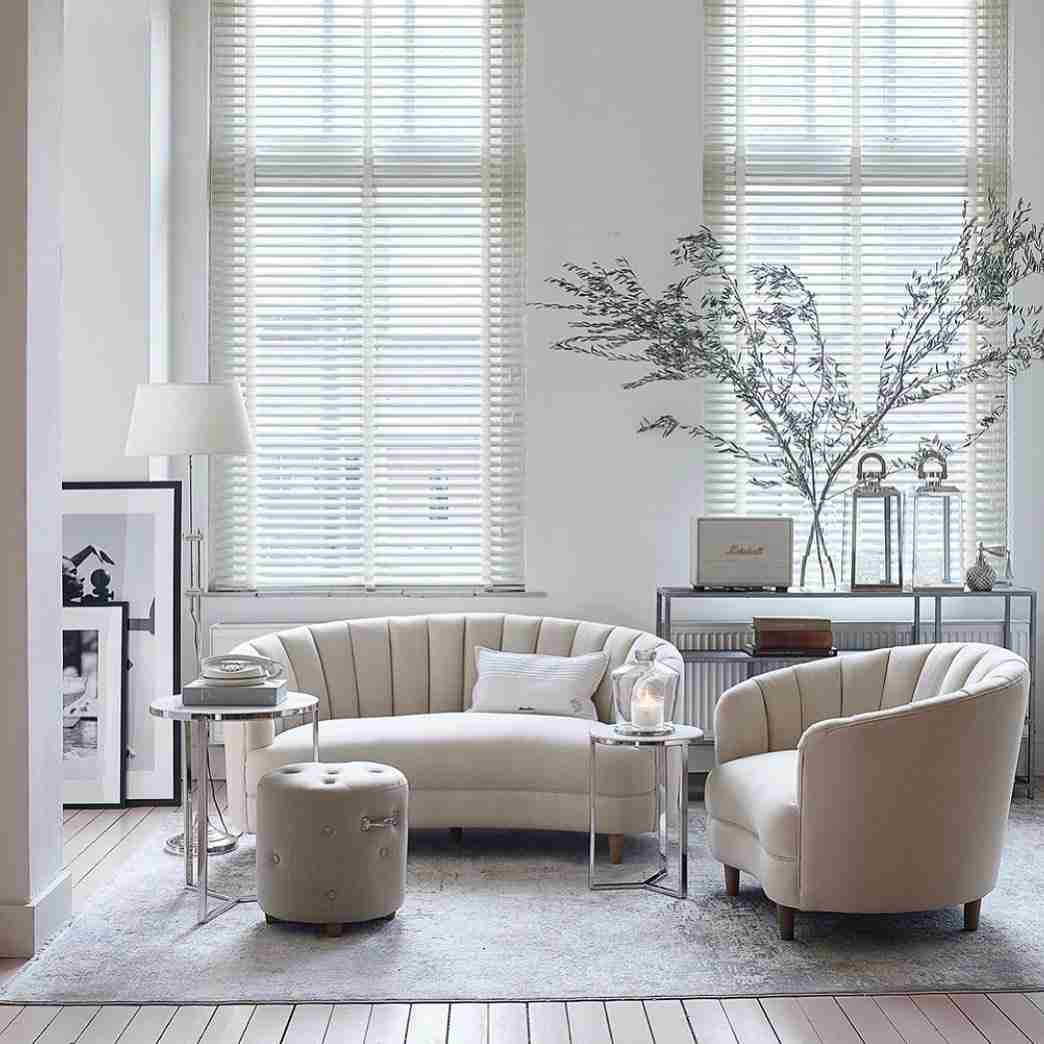 sofa, kanapes, armchair, polithrones, white sofa, coffee table, side table, trapezaki, konsola console, modern, monterno, accessories, deliver to paphos, andreotti, furniture, cyprus, limassol, epipla