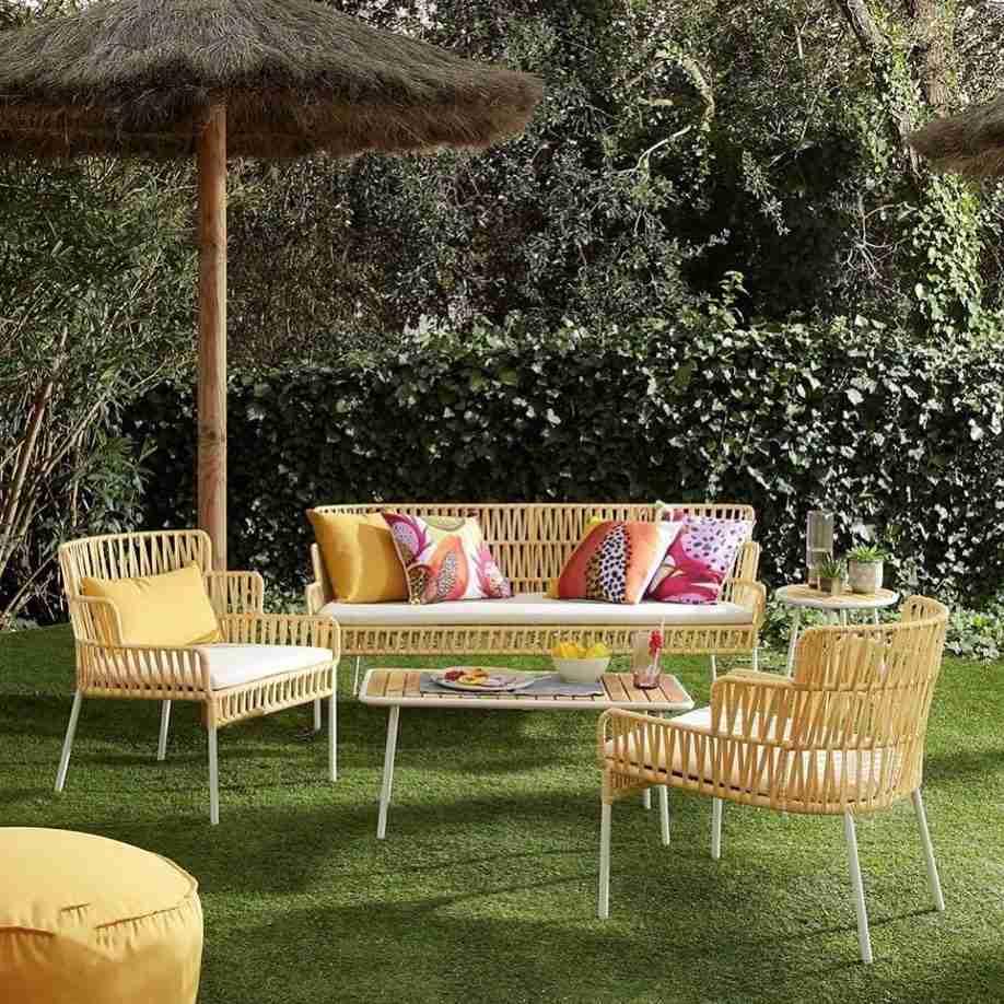 sofa, kanapes, coffee table, trapezaki, side table, accessories, epipla kipou, garden furniture, andreotti, furniture, epipla, limassol, cyprus