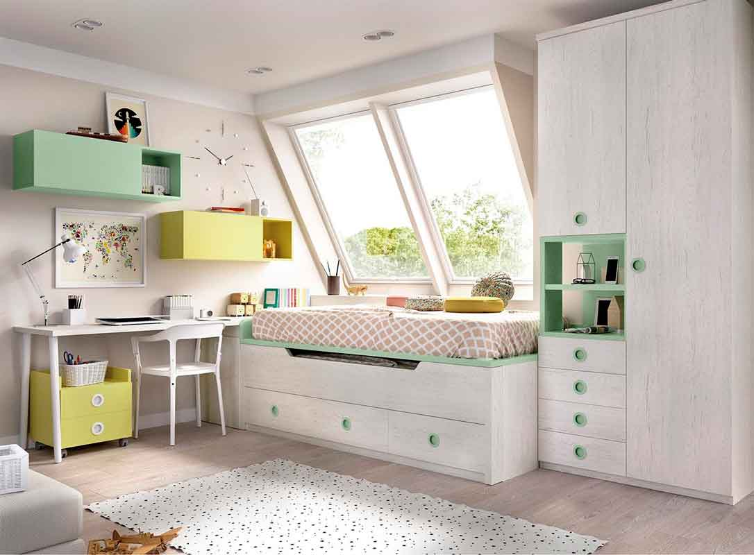kids bedroom white colors with green details, aspro xilino krevati me prasines leptomeries me sirtarakia kai extra stroma krevatiou,