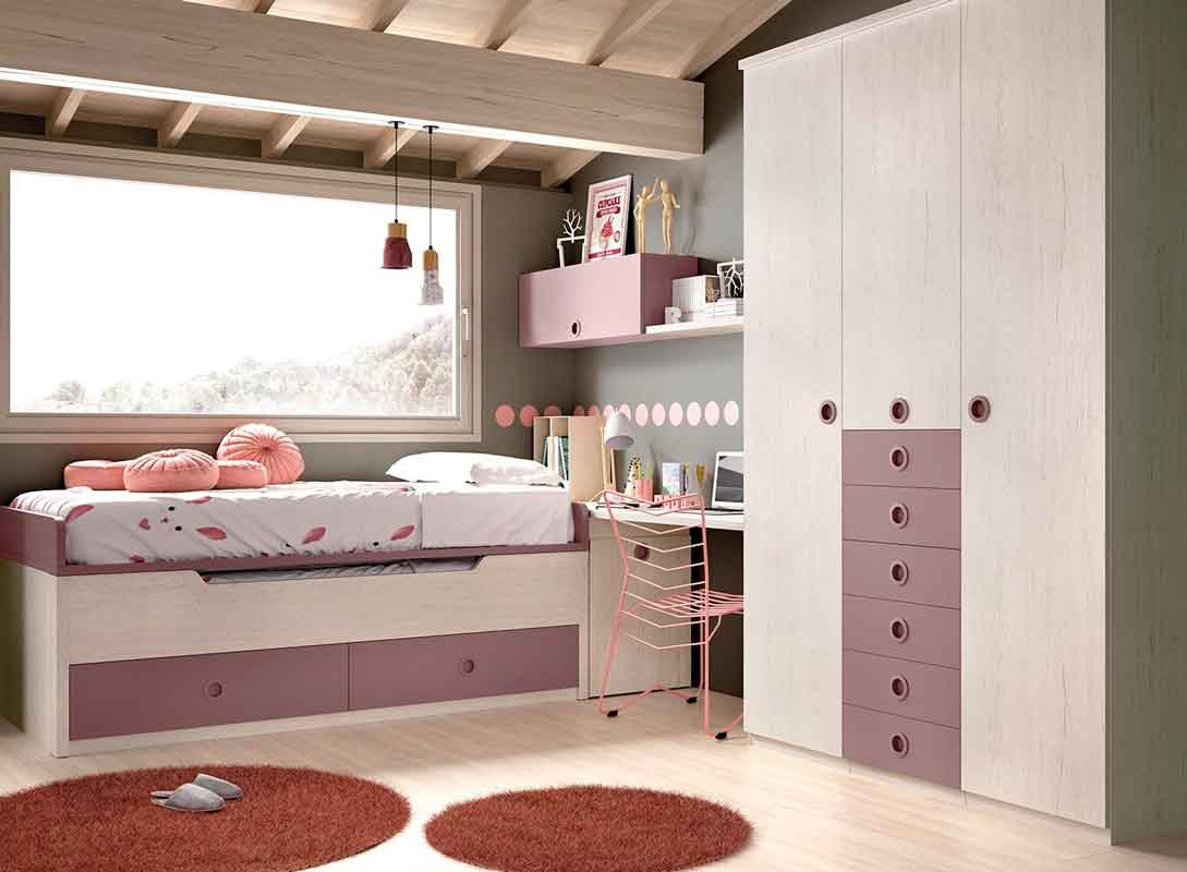 white wooden bed with pink details, girly bedroom, aspro xilino krevati me roz xromatismous,