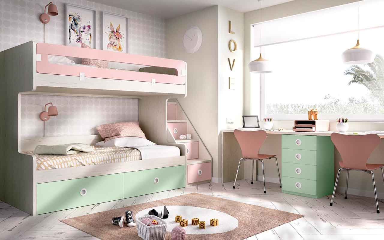 green wooden bunk bed with stairs on the side, pano kato paidiko krevati me skala sto plai pou exi xoro, stairs with cupboards that can used as an extra space,