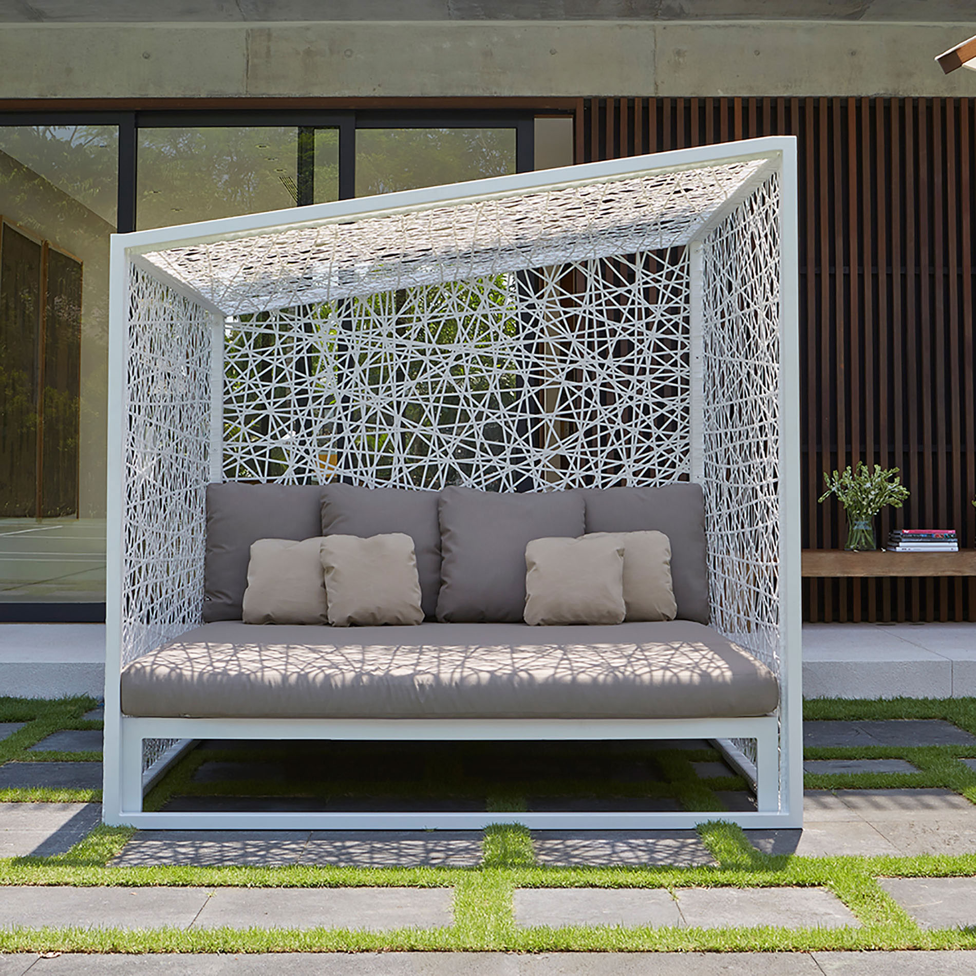 outdoor sofa, luxury outdoor sofa bed, luxury and stylish sunbed for outdoor use, kanapes krevati gia exoteriko xoro, sunbed for tanning stylish with ropes, extreme design sunbed for outdoor use, sofa bed for outdoor use, outdoor bed, high quality sunbed,