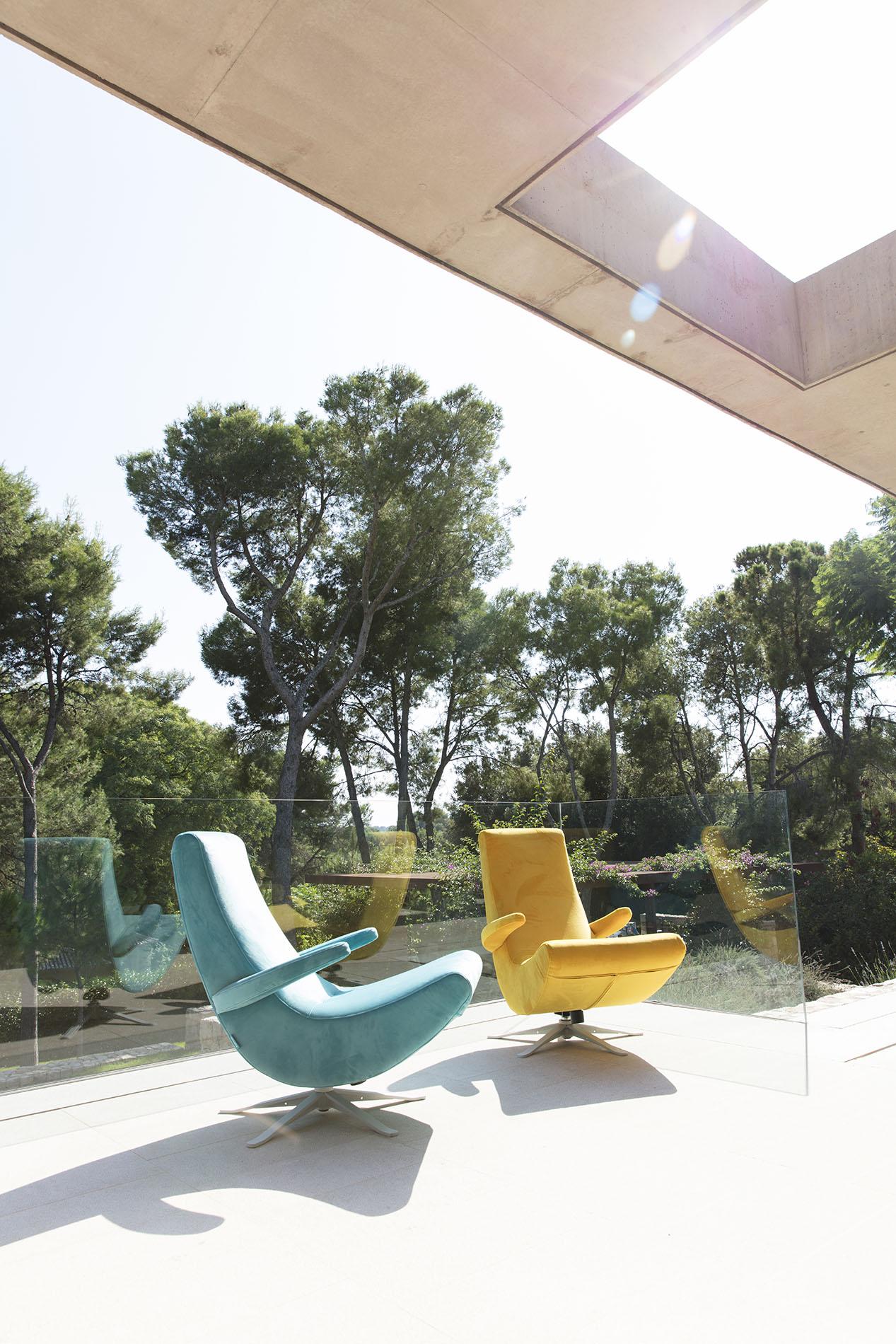 stylish modern armchairs colorful adjustable fabrics velvet, turquoise and yellow swing armchair,