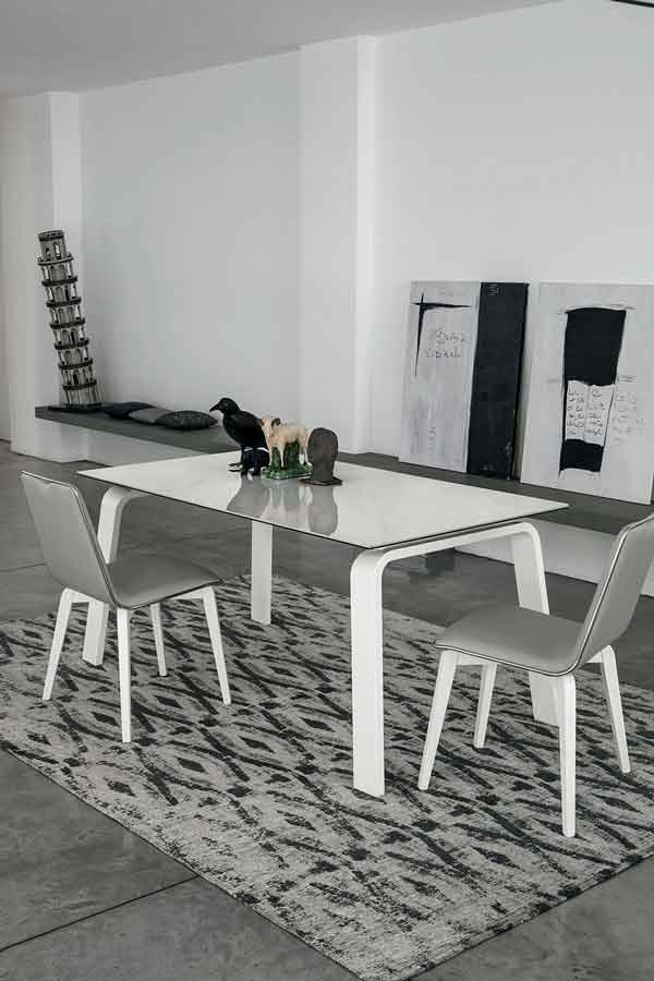 table, modern table, white table, trapezi, chairs,  grey chairs, karekles, dining table, kitchen table, andreotti, andreotti furniture, epipla, furniture, limassol, cyprus